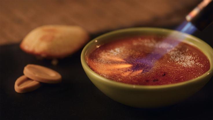 Salted Caramel Creme Brulee-min
